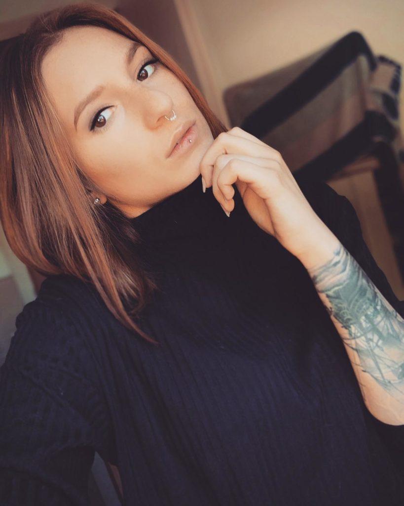 Celine Hakelberg Promo 01
